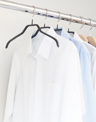 ブラウスやシャツに最適&襟元をキレイにキープ*すべらないマワハンガー41 2本入